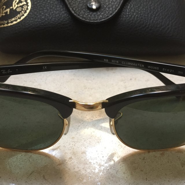443c3222fb Ray Ban Damaged