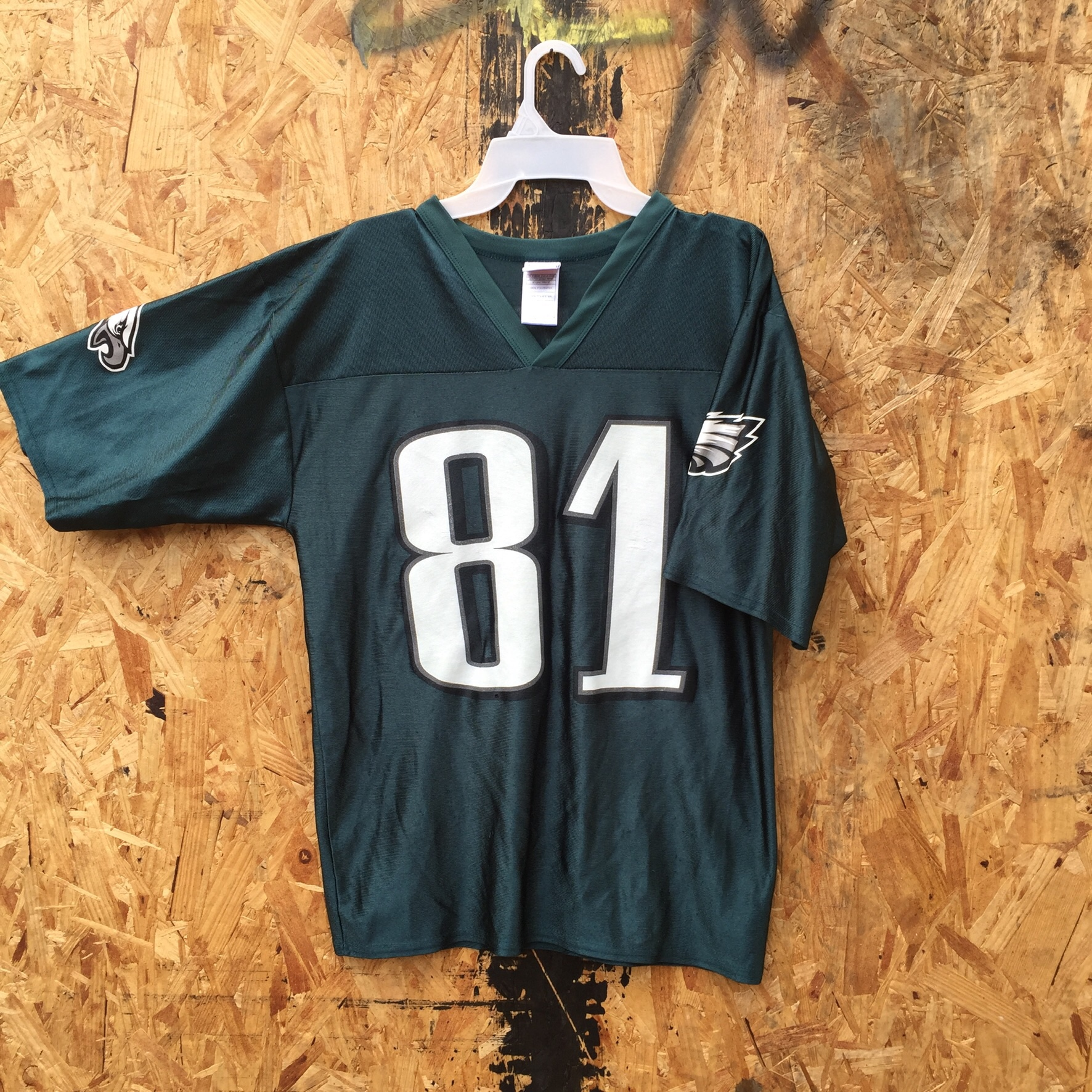 finest selection 9035e 33fe4 Nice Terrell Owens eagles jersey in medium, this is... - Depop