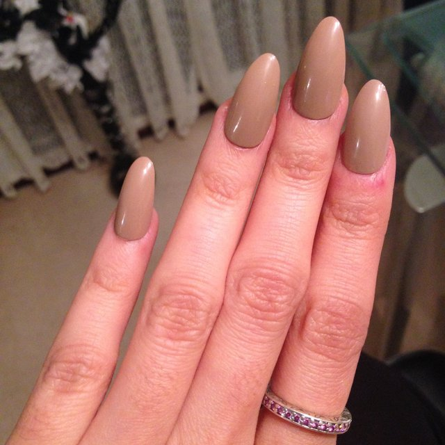 Brown Almond Shaped Nails