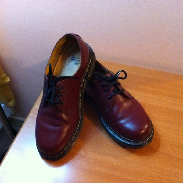 scarpe dr martens originali basse bordeaux serena di martino depop. Black Bedroom Furniture Sets. Home Design Ideas