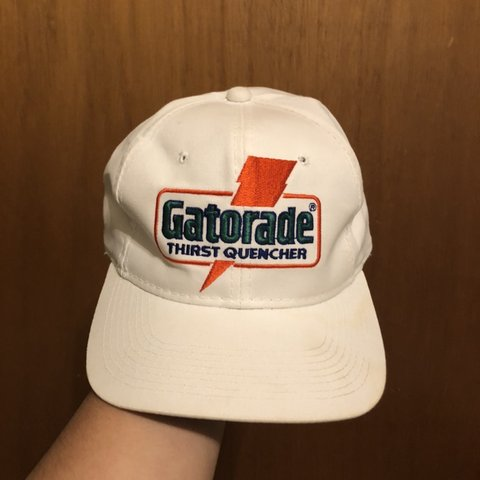 3d83cbcba7a893 Vintage Gatorade hat 7/10 condition. Some yellowing the of - Depop