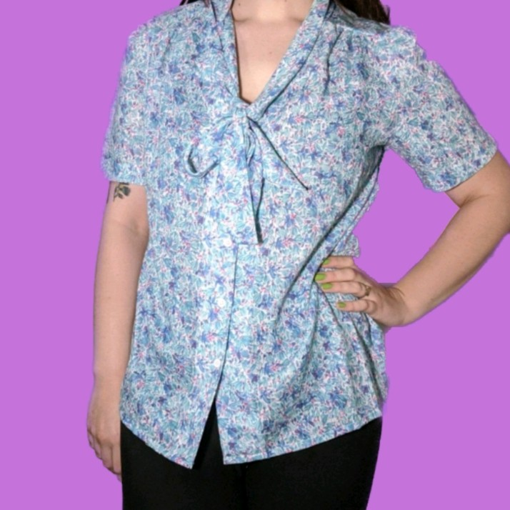 Product Image 1 - 70's blue floral button up