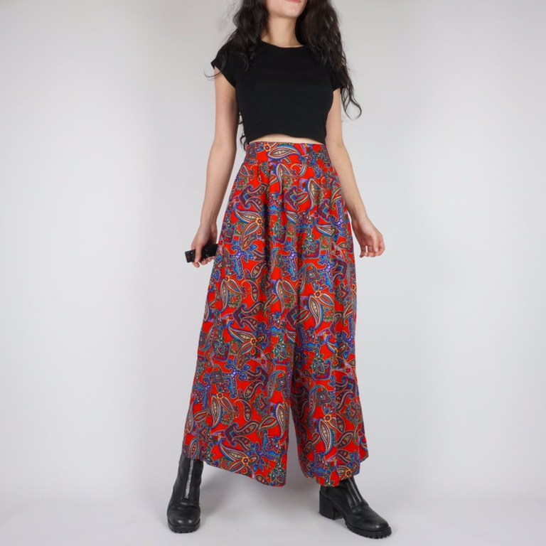 Product Image 1 - red multicolor floral paisley 90s