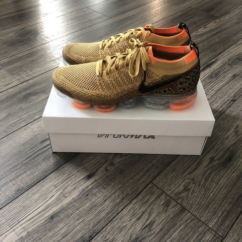 02b4a9e67d @yasin90. 17 hours ago. London, United Kingdom. No offers! Nike Air  vapormax Flyknit 2 size UK9. Brand new and 100% authentic.comes with  original ...