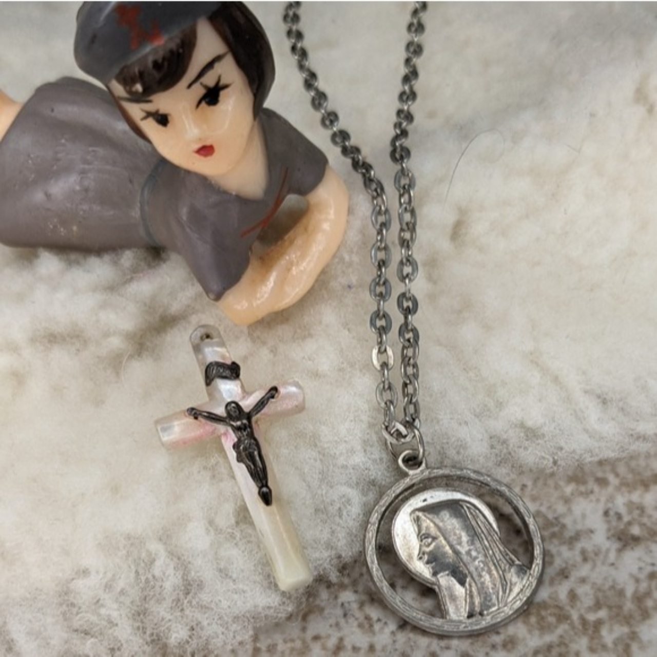 Product Image 1 - Vintage Saint Mary Italy Necklace