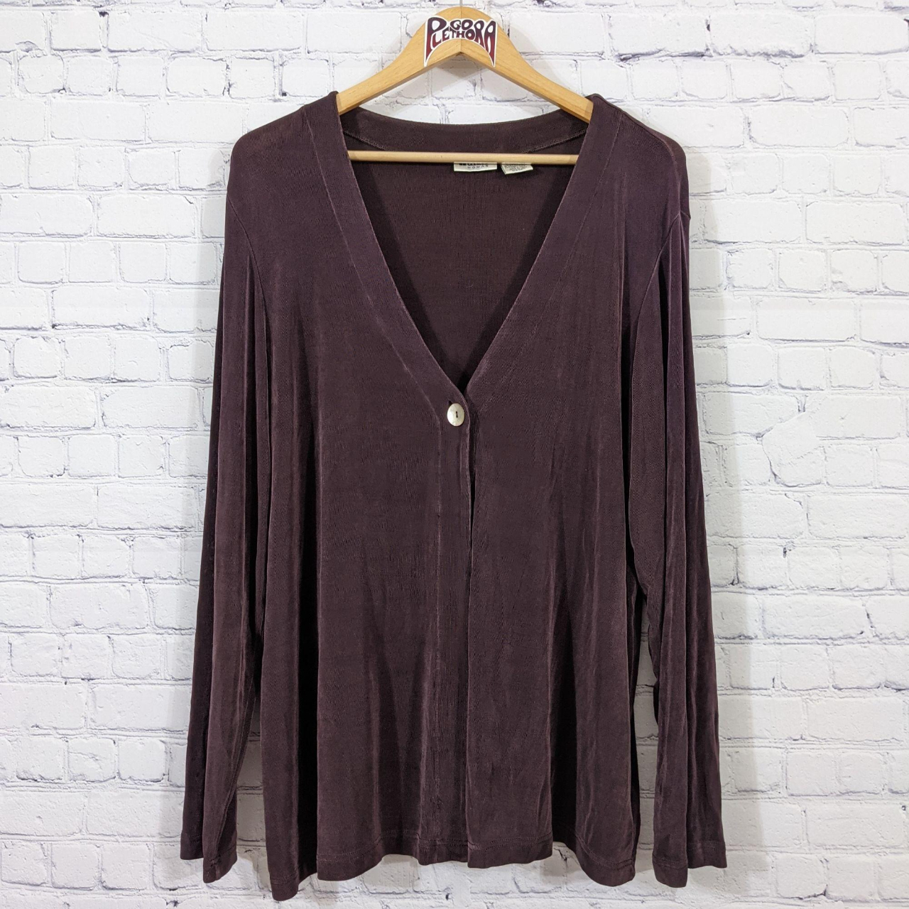 Product Image 1 - Units Woman 1-Button Cardigan Brown