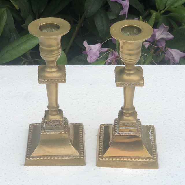 Brass Antique Square Base Candle- 0