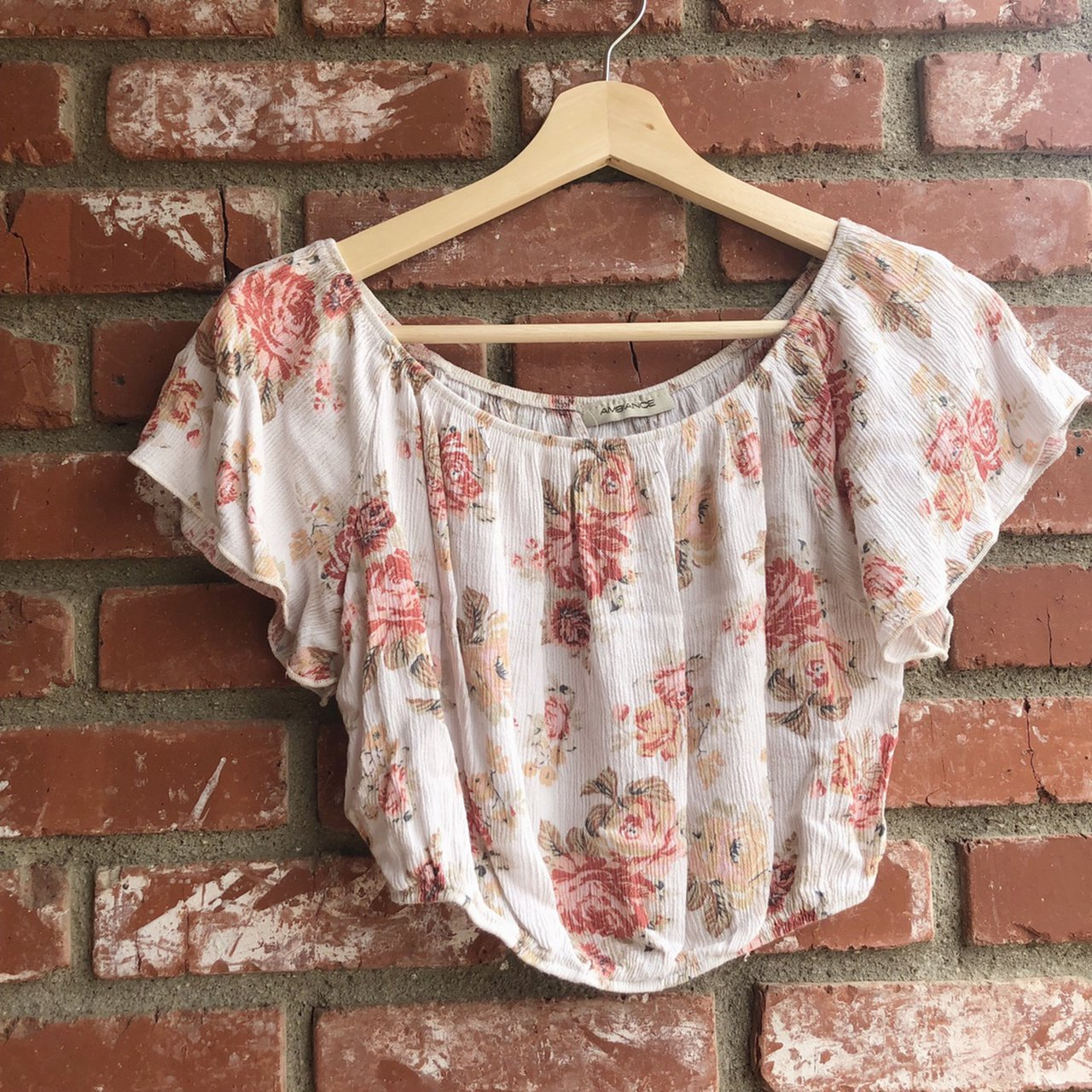 8b97b1d9c81 @dannac. in 3 hours. Irvine, United States. Floral cropped off shoulder top