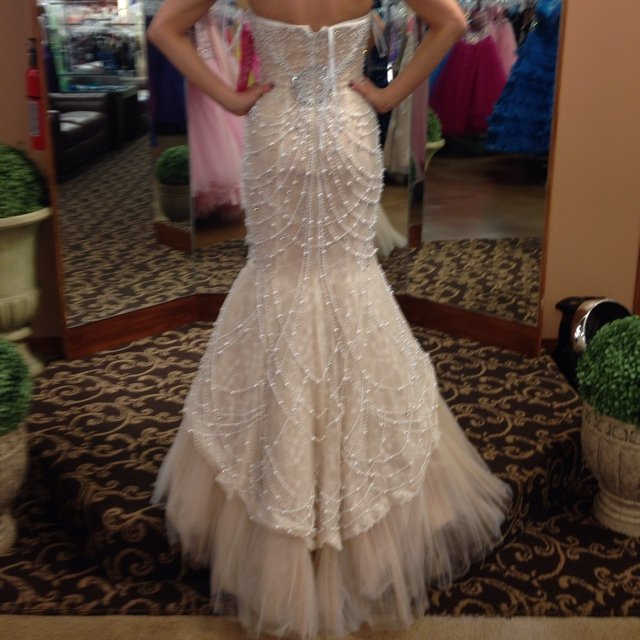 Sherri hill formal gown could be haylee gibson depop for What kind of dress do you wear to a wedding