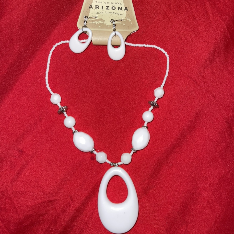 Product Image 1 - Vintage Necklace and Earring set