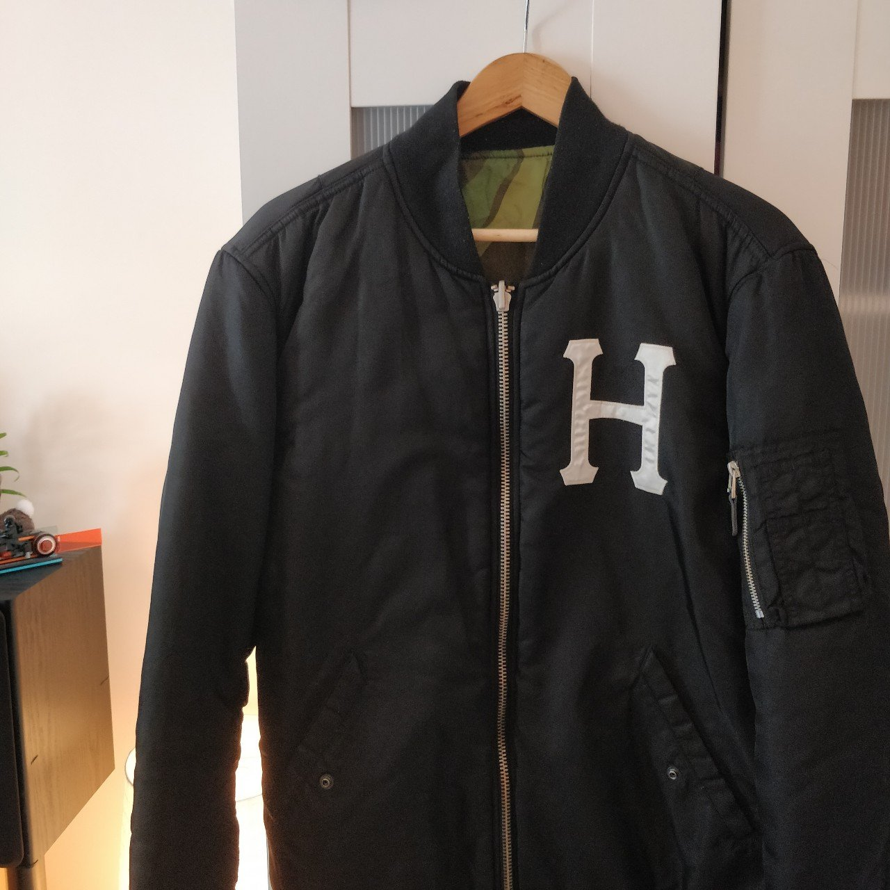 meet super cheap sells HUF reversible bomber jacket in large Lovely piece, only I x - Depop