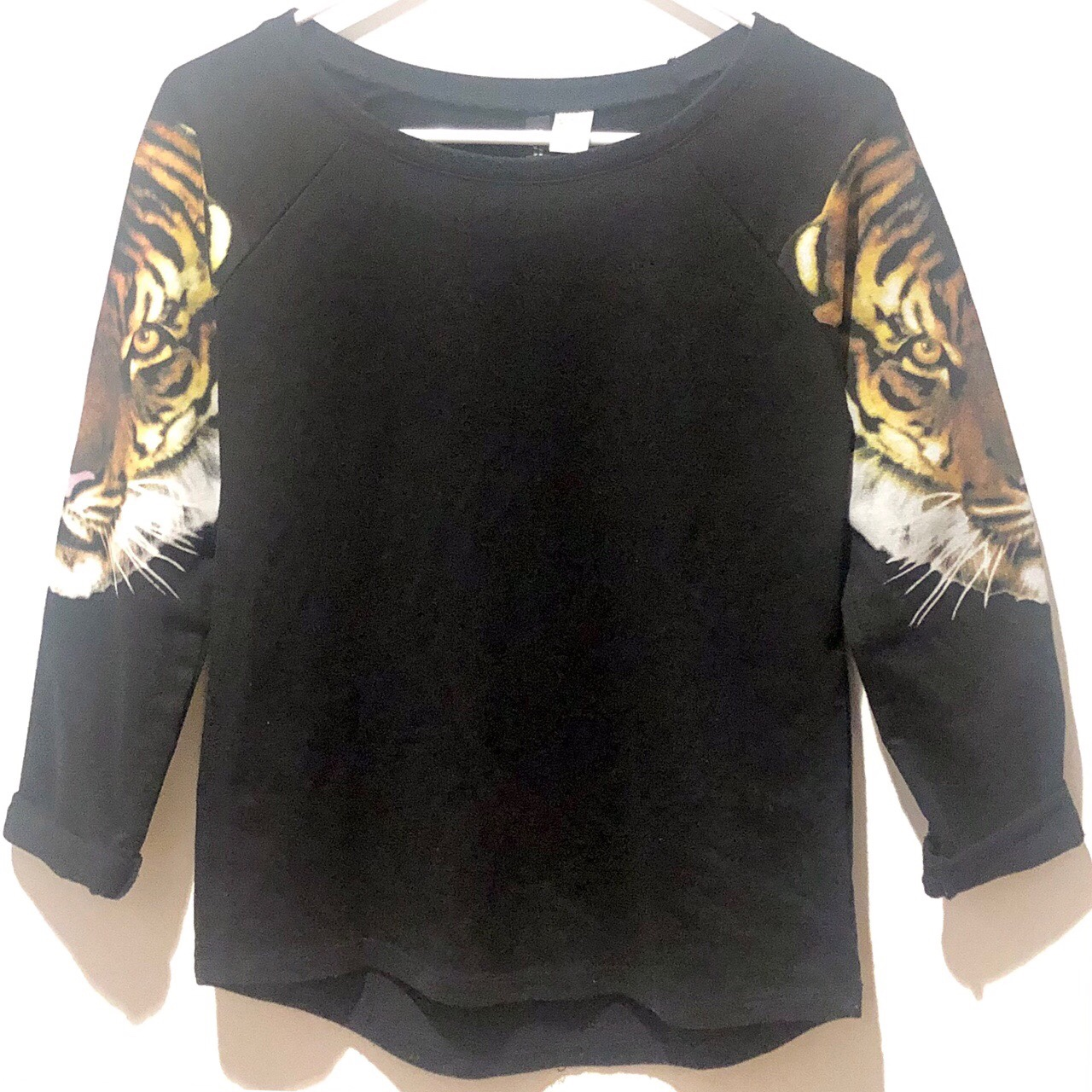 Product Image 1 - H&M DIVIDED BLACK CREWNECK PULLOVER