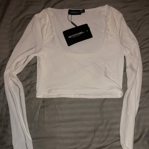 c90d94ffb2ca @rxannaa. 20 days ago. London, United Kingdom. Pretty little thing white  square neck long sleeve ...