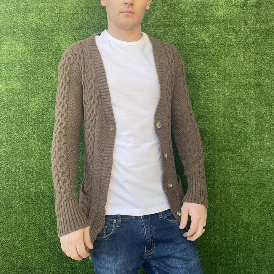 Product Image 1 - Form fitting dark brown knit
