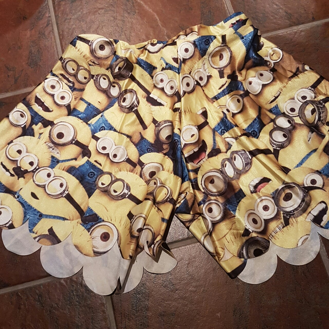 Product Image 1 - Minions despectable me short Universal minions