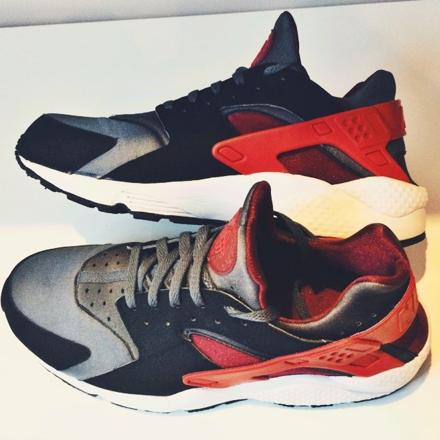 competitive price 830c4 20046 wholesale nike huarache dark grey challenge red black 84620 9a78b