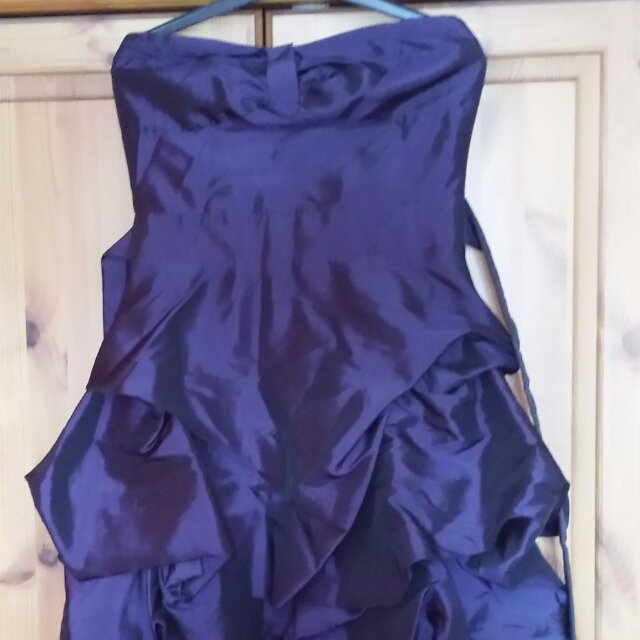 strapless purple dress from select size 10 fits great! was bought for £40 and only worn once. uk & paypal only please  ��������������������������������