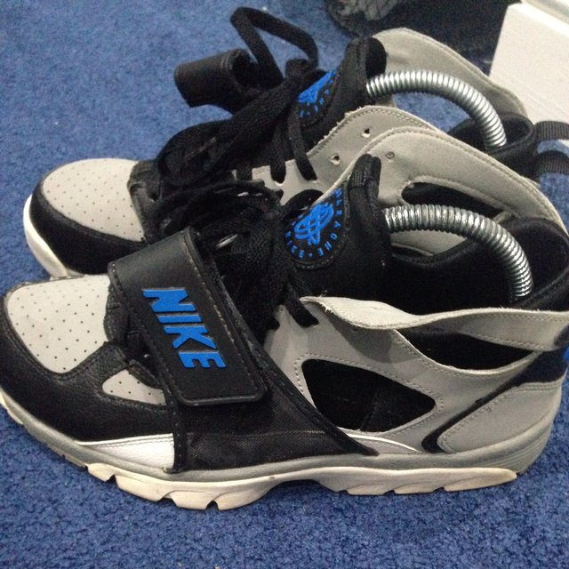 369421809a19 old nike huarache for sale Vintage .
