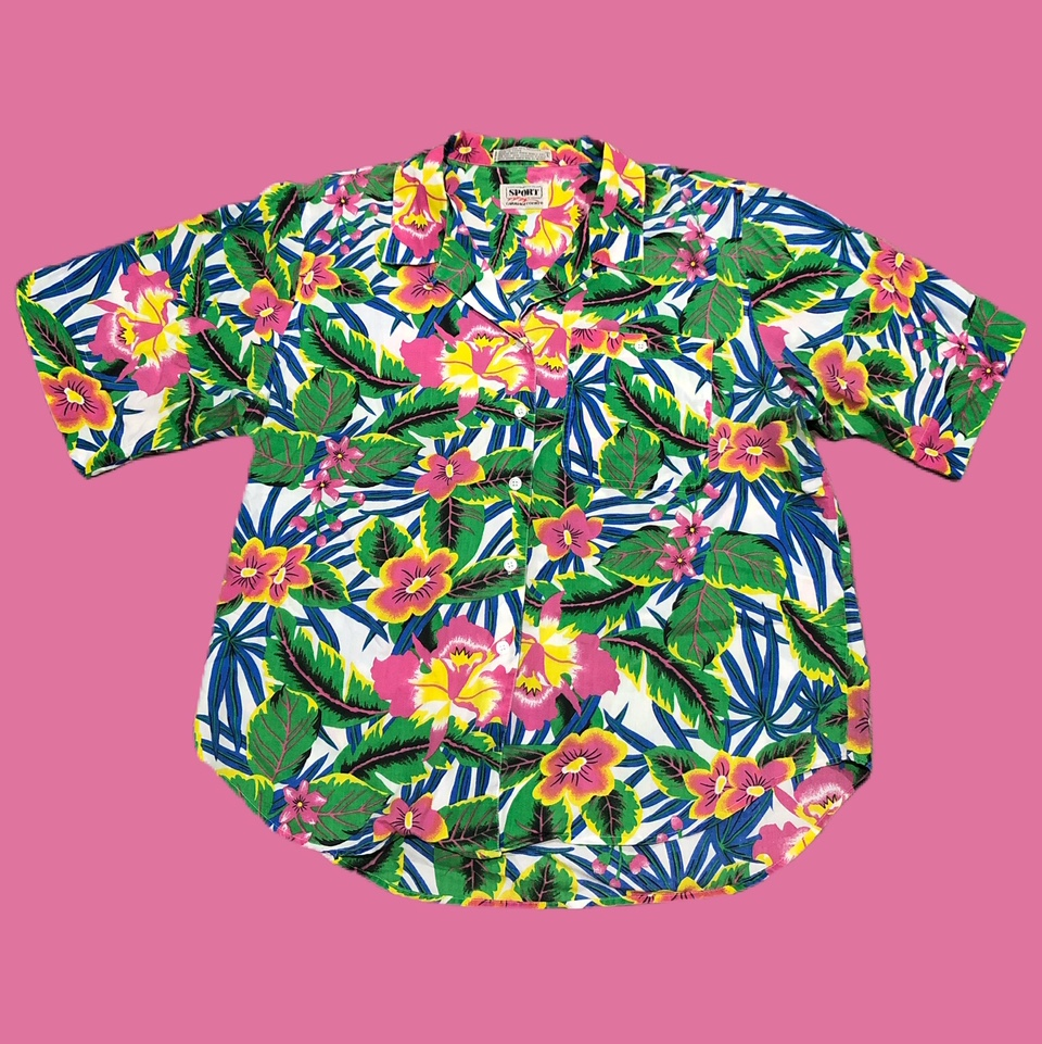 Product Image 1 - Vintage Sport Carriage Court Hawaiian
