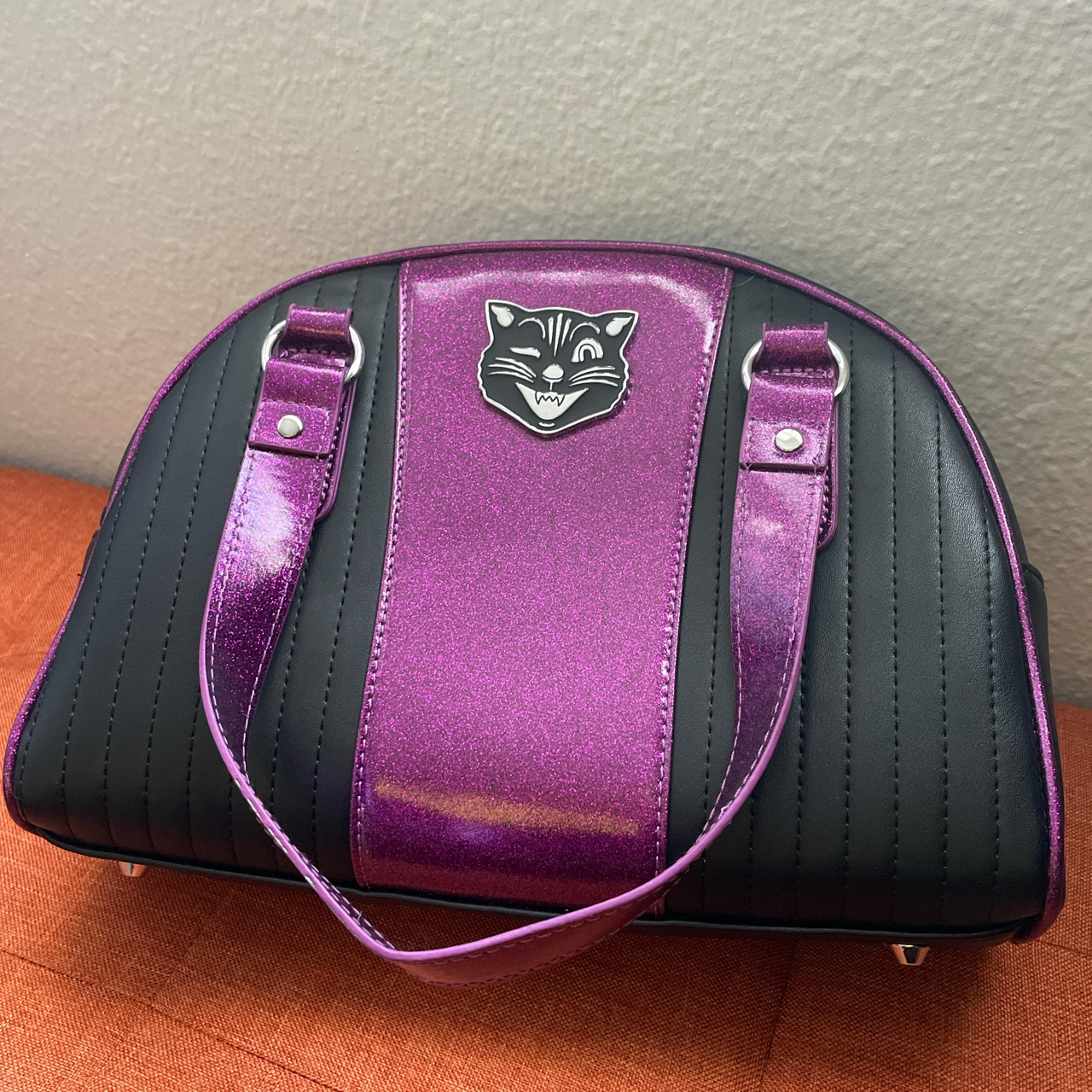 Product Image 1 - This gorgeous handbag from Sourpuss