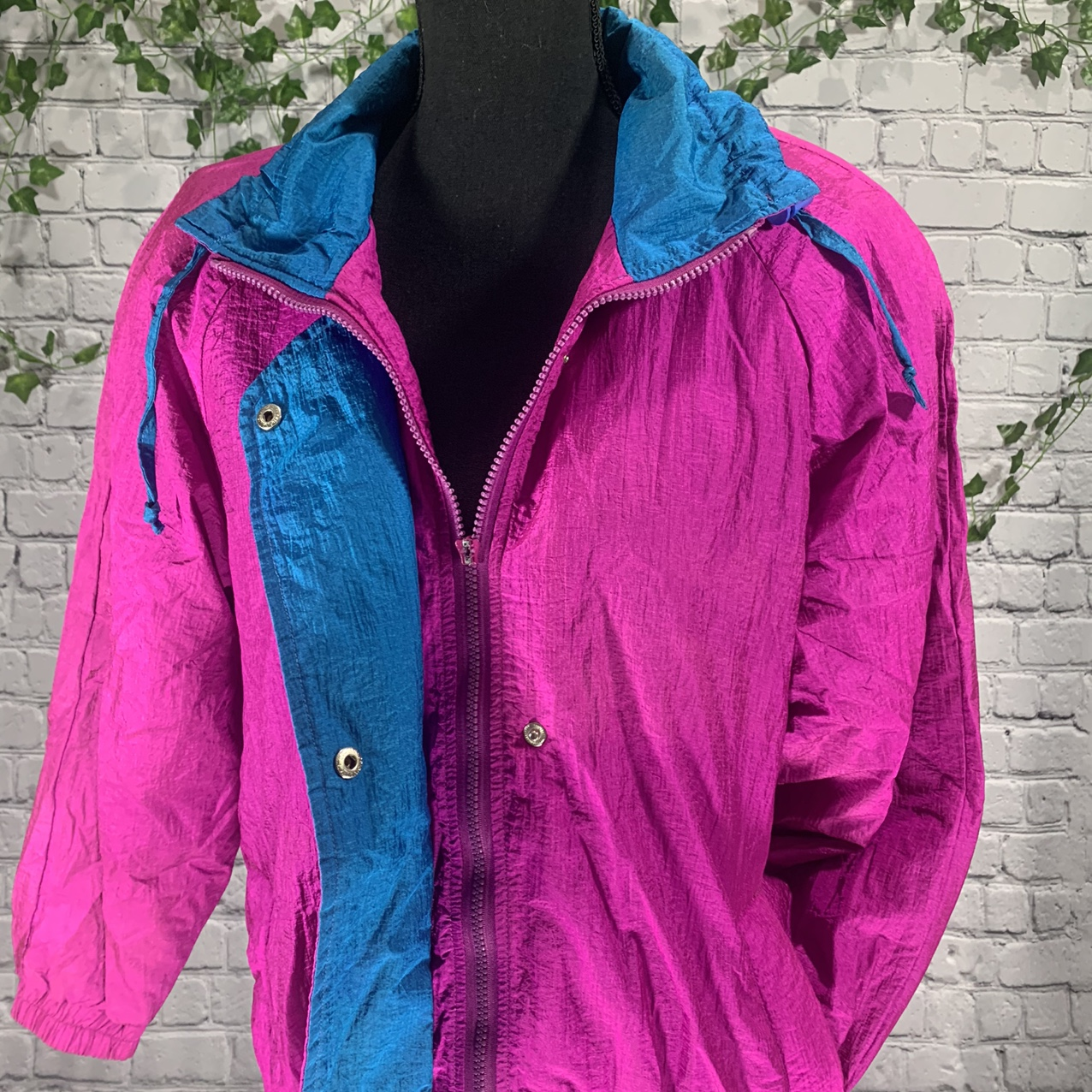 Product Image 1 - Coat Collectibles Fleece lined retro