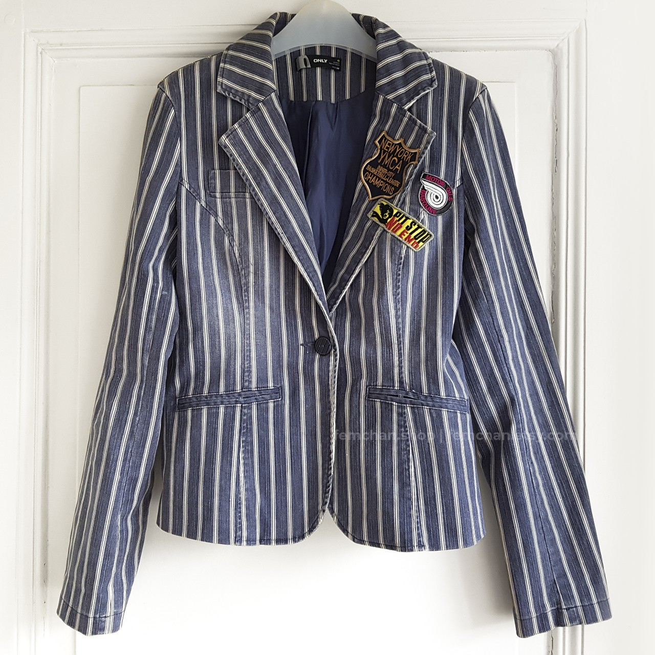 Product Image 1 - Striped denim blazer with quirky