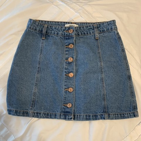 8744ad6cce @carolynnicolev. in 14 hours. Brownsville, United States. Forever 21 denim  button up skirt.