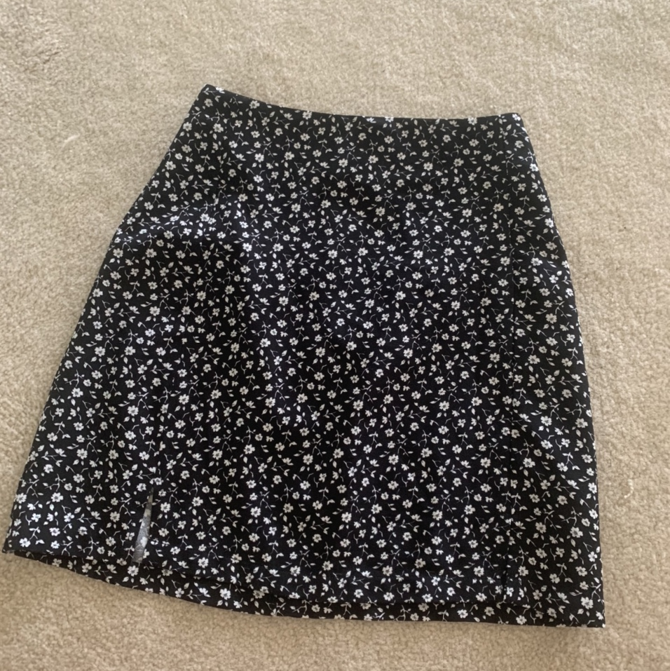 Product Image 1 - brandy melville skirt. high waisted