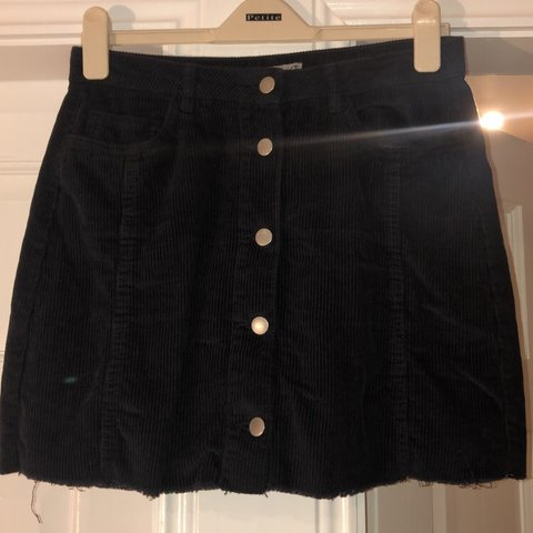 19fdb0198e @niamhmagennis0. 3 days ago. Dundalk, Ireland. Primark Black denim skirt