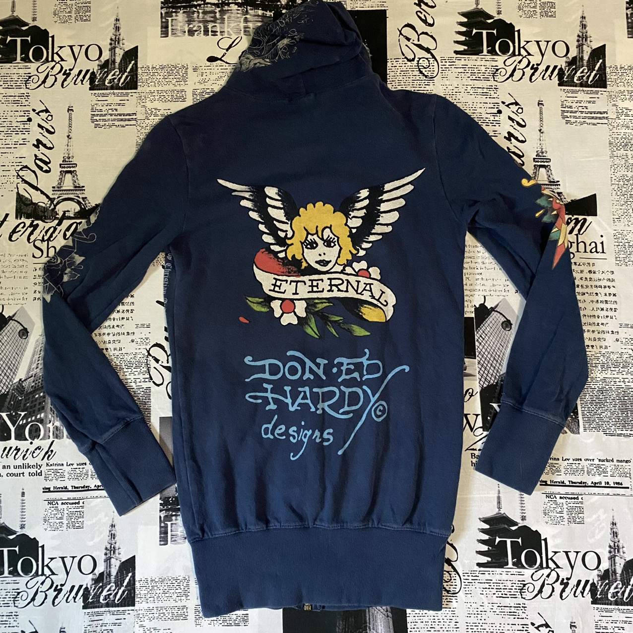Product Image 1 - This Ed Hardy hoodie is