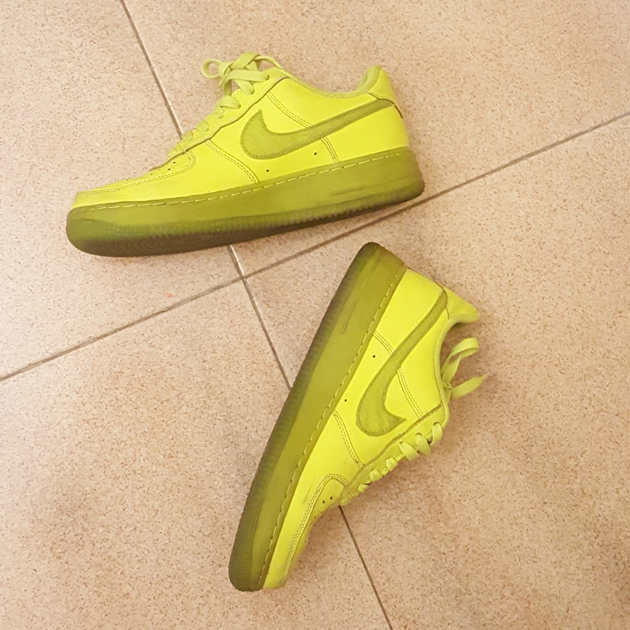 NIKE AIR FORCE 1 ⚠️ LIMITED EDITION ⚠️ GIALLO FLUO in... - Depop