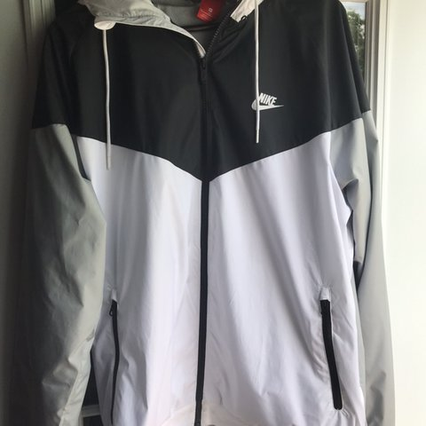 072eea88c3c Nike Windbreaker Size Large. some pilling. Nike Supreme - Depop