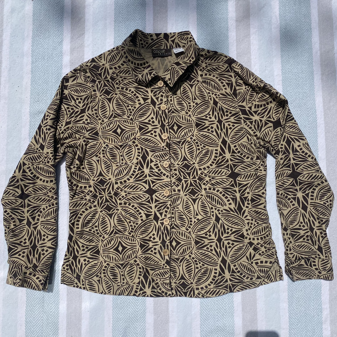 Product Image 1 - Vintage brown tropical vibes linen