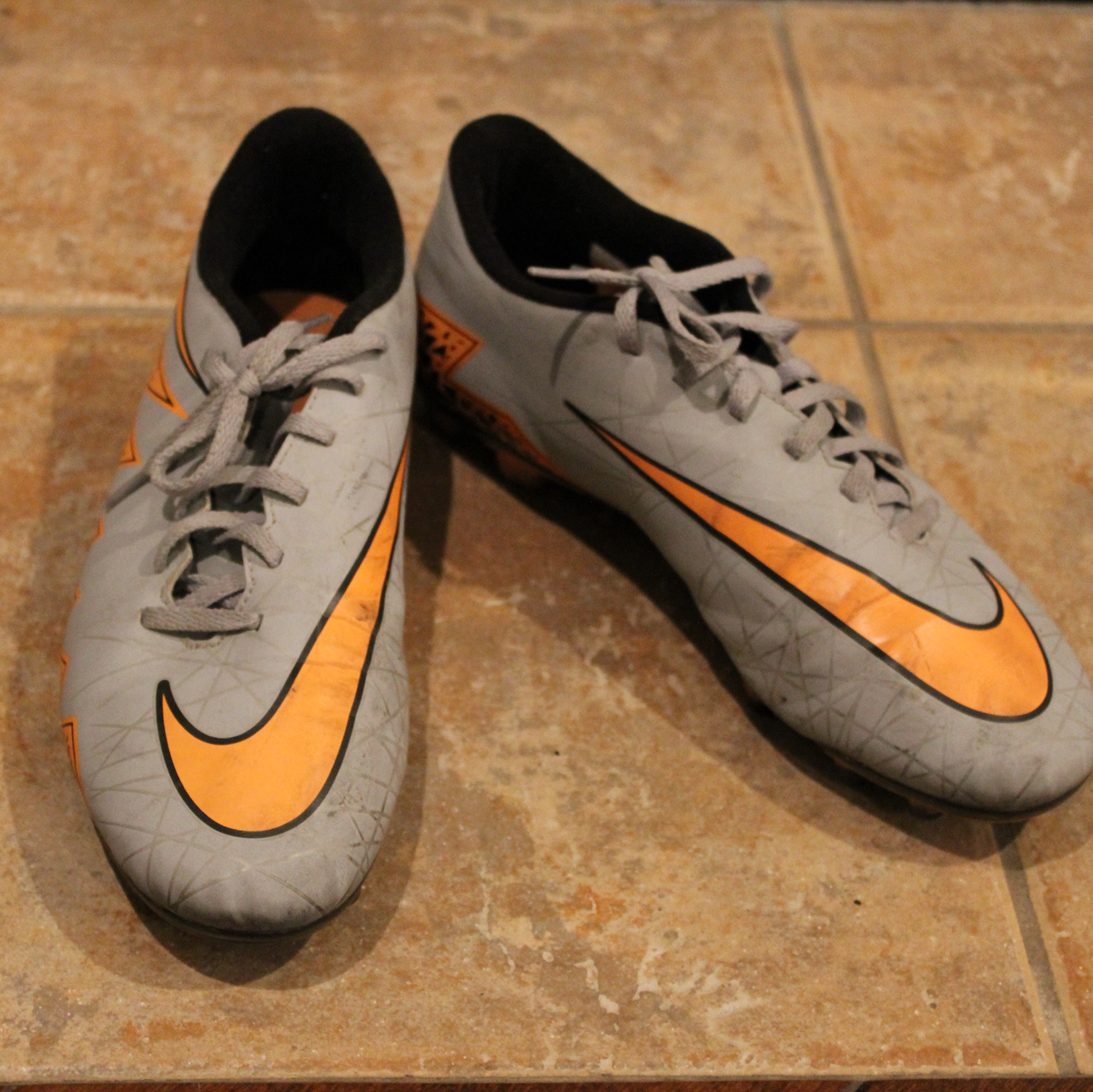 Product Image 1 - Nike boys soccer cleats. Size: 8.5(US)