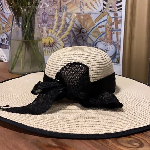 1639b5c1422f59 @blujeanbby. yesterday. Rochester, United States. Large floppy sun hat with  black ...