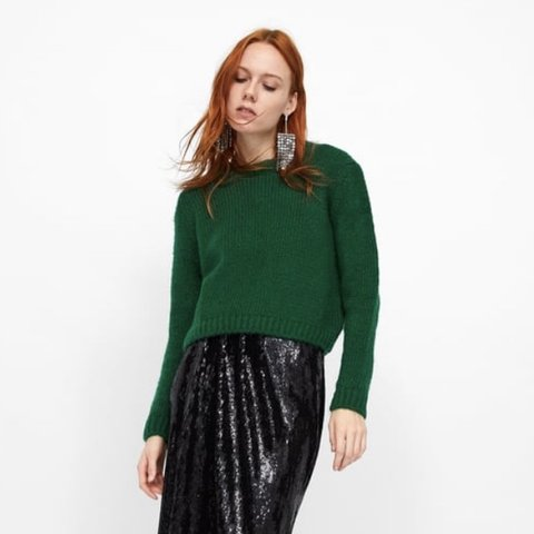 2e7b2ef7 zara cropped green sweater - worn once, excellent condition - Depop