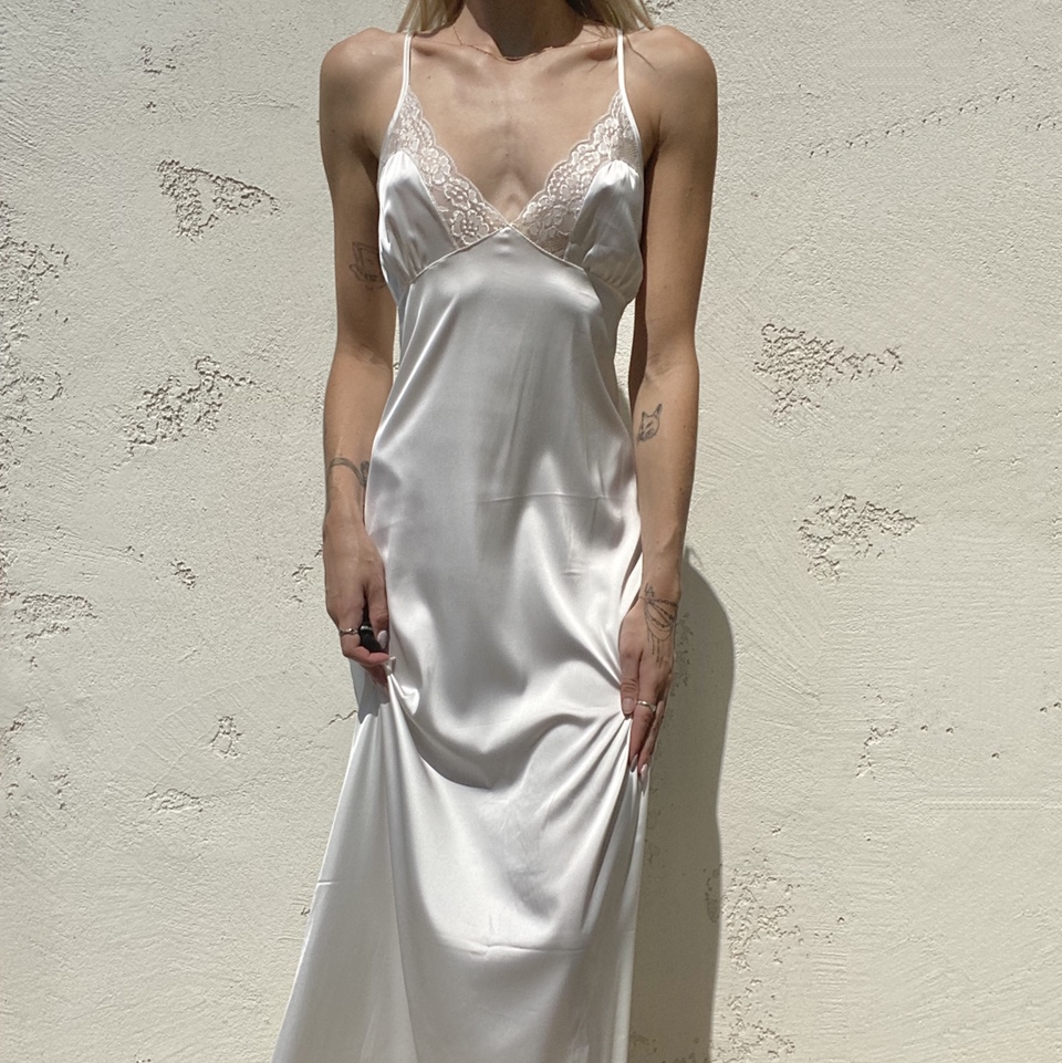 Product Image 1 - NWTO floor length white nightgown