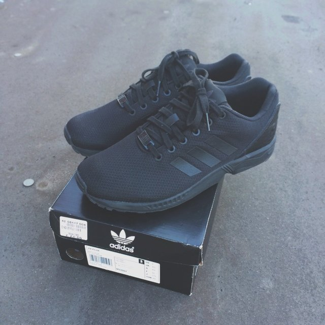 7c921decc70db top quality adidas zx flux triple black kanye west 9448c 53551