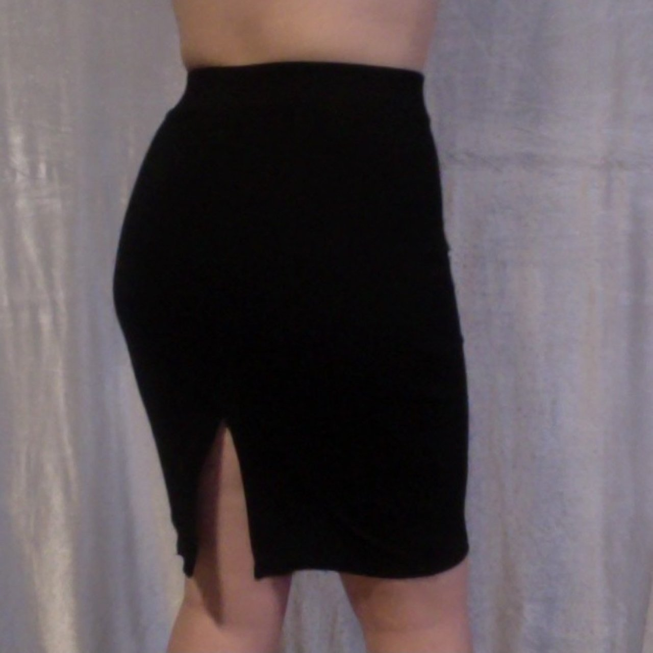 fa92d09ef @bauguette. last month. Chicago, Cook County, United States. Forever 21  Black pencil skirt ...