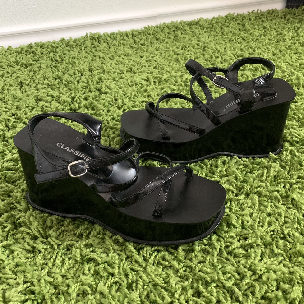 Product Image 1 - Vintage Classified strappy platform sandals