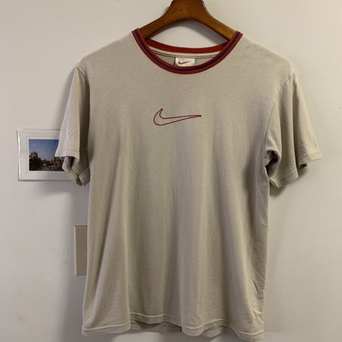 05513add248 @trandly. in 2 hours. Oakland, United States. Vintage Nike T-shirt Red ...