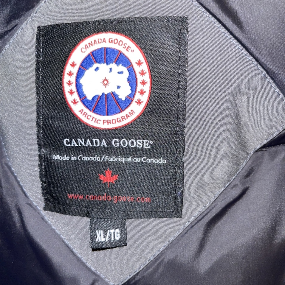 Product Image 1 - Men's Canada Goose Jacket  -gently worn -dry
