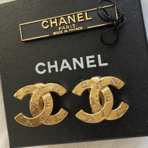 92582143d @newbornhippy. 24 days ago. New York, United States. Authentic rare vintage Chanel  double C gold plated costume jewelry earrings.