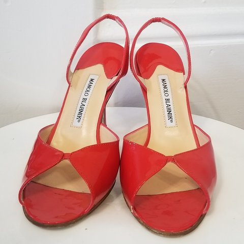 b36e327d9c359 @klinker7. 16 days ago. Portland, Multnomah County, United States. MANOLO  BLAHNIK Red patent leather open toe slingback heels.