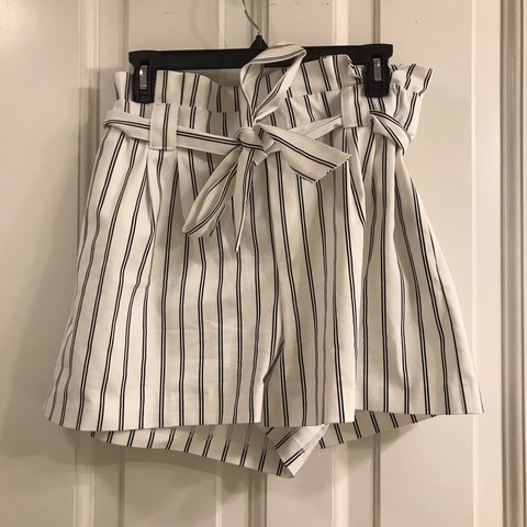 c3f3df69aa2 Super cute Zara striped paper bag shorts. Tagged other for w - Depop