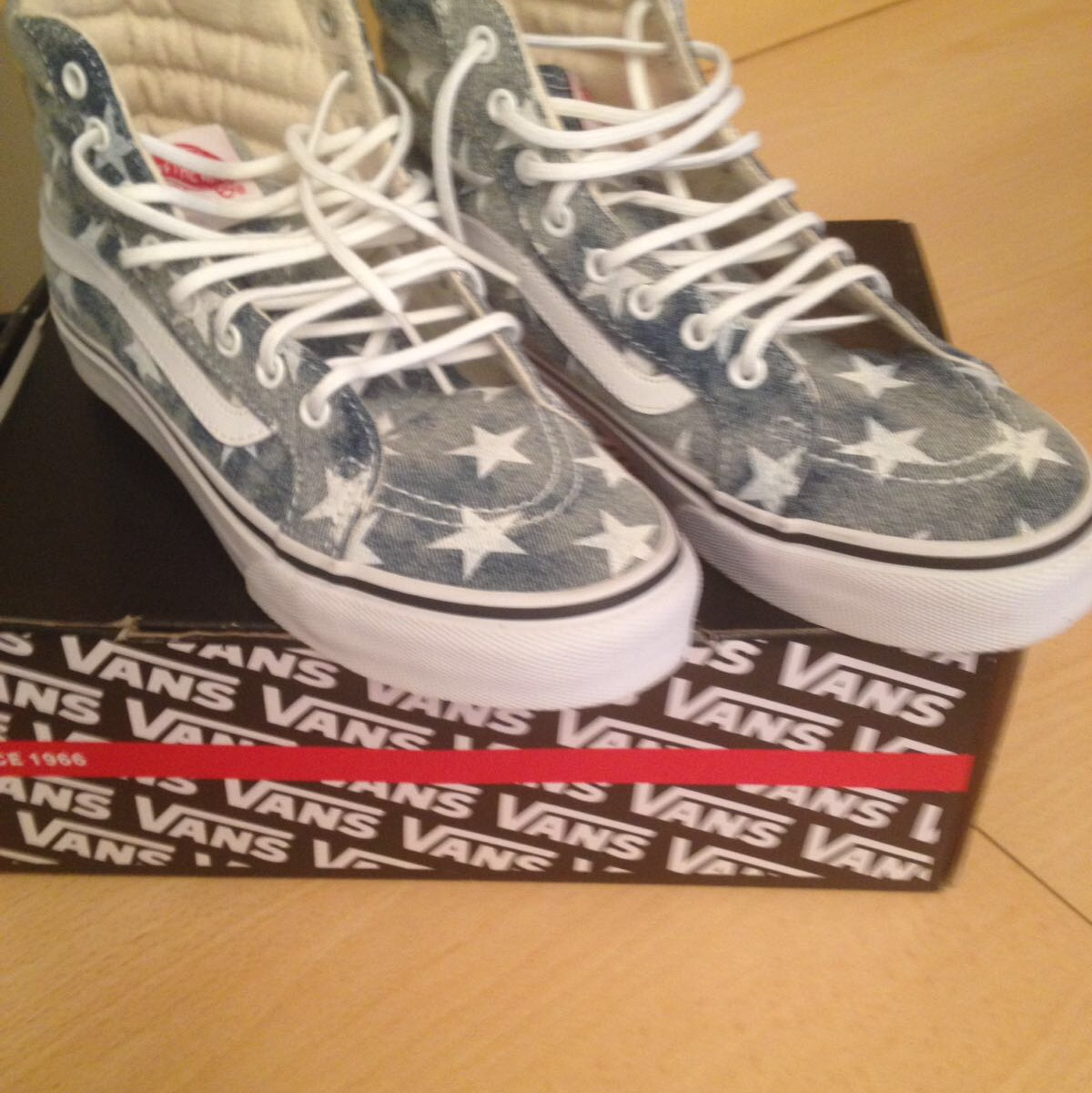 VANS????STARS⭐️WASHED????IN JEANS CON STELLE,NUOVE MAI... - Depop