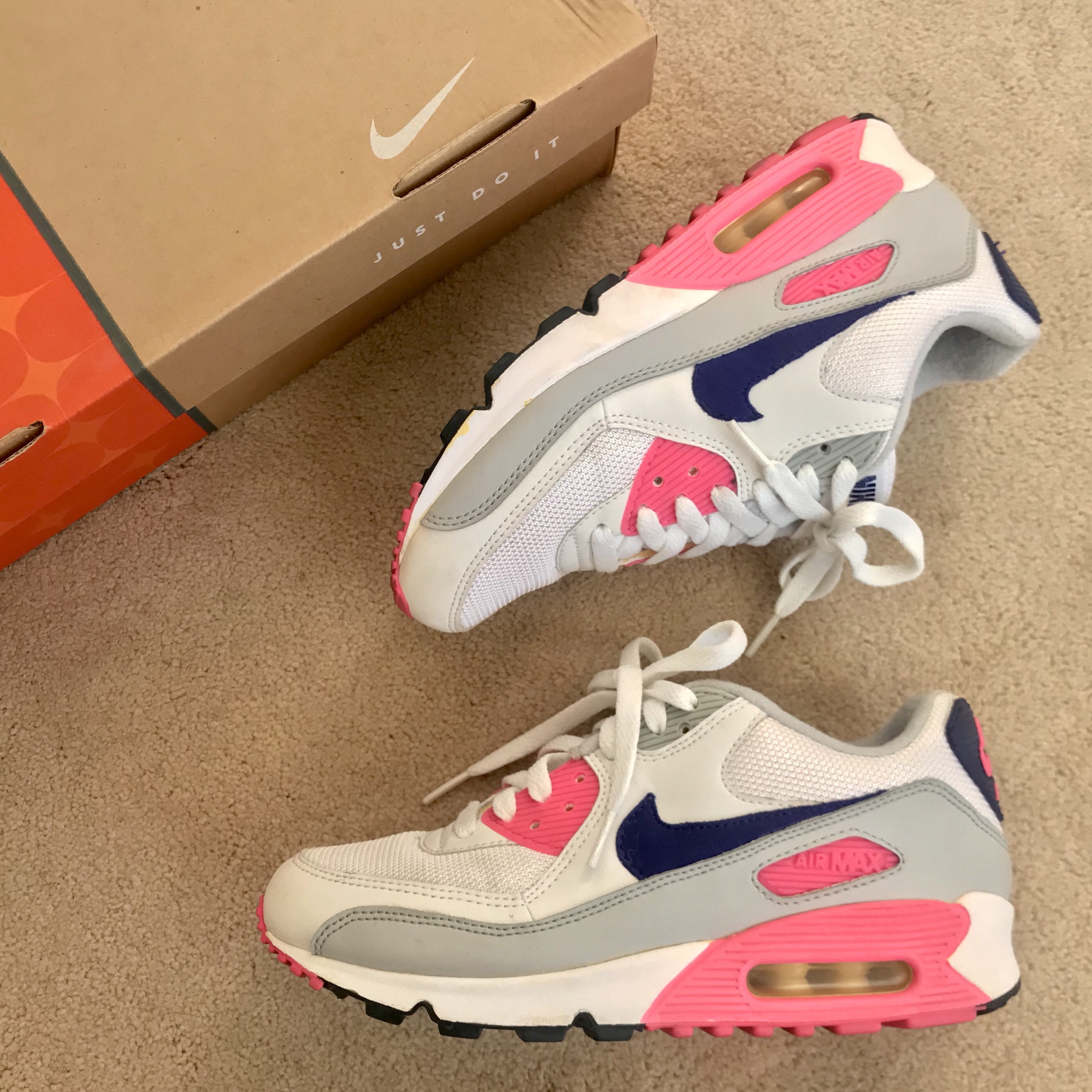 NIKE WOMENS AIR MAX 90 CLASSIC CONCORD WHITE PINK... - Depop