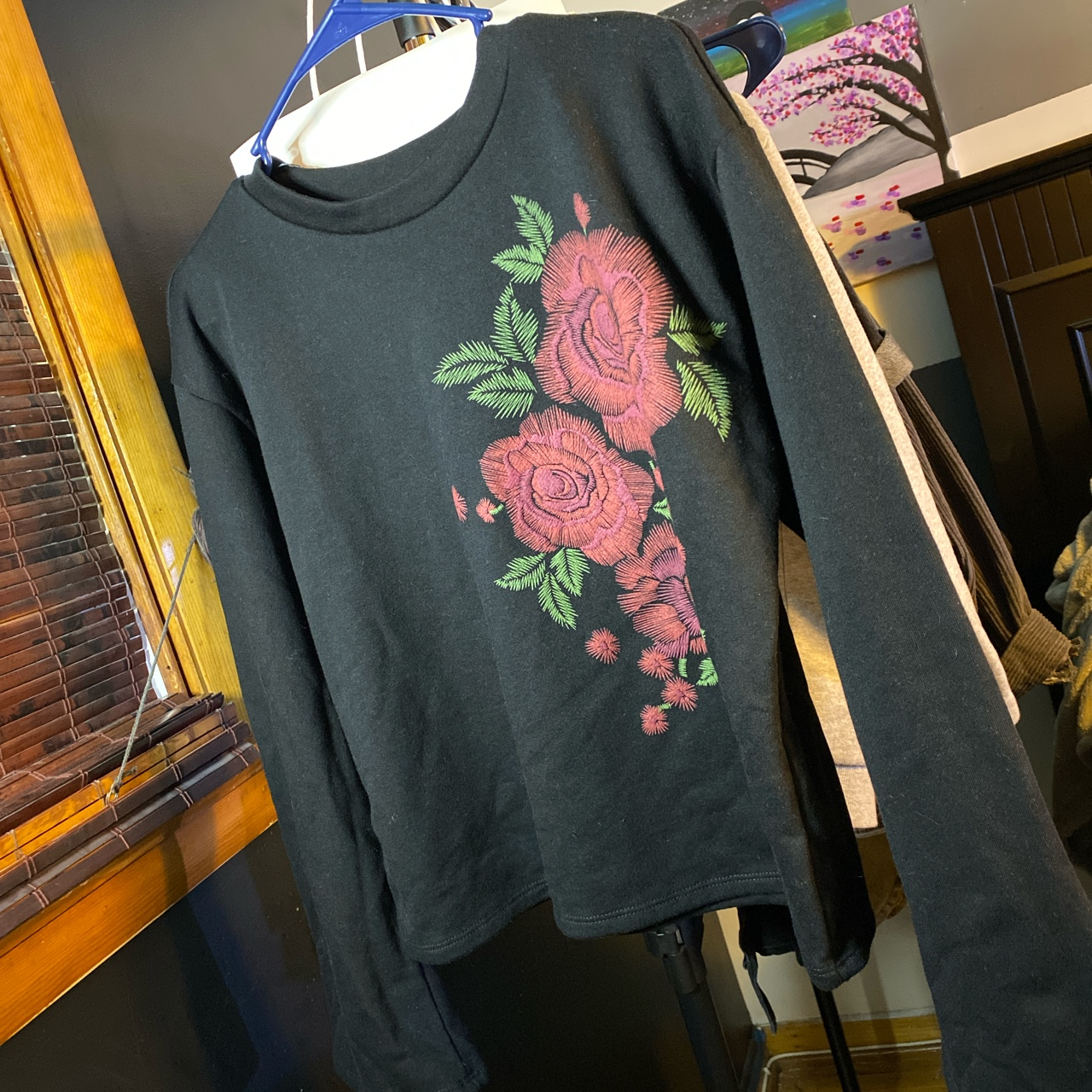 Product Image 1 - black floral top with flare