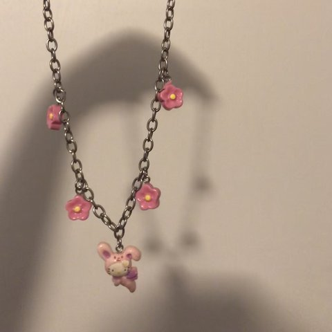 6fc5b1141 @underscoredestiny. 21 hours ago. Los Angeles, United States. Hello kitty/ sanrio chain necklace