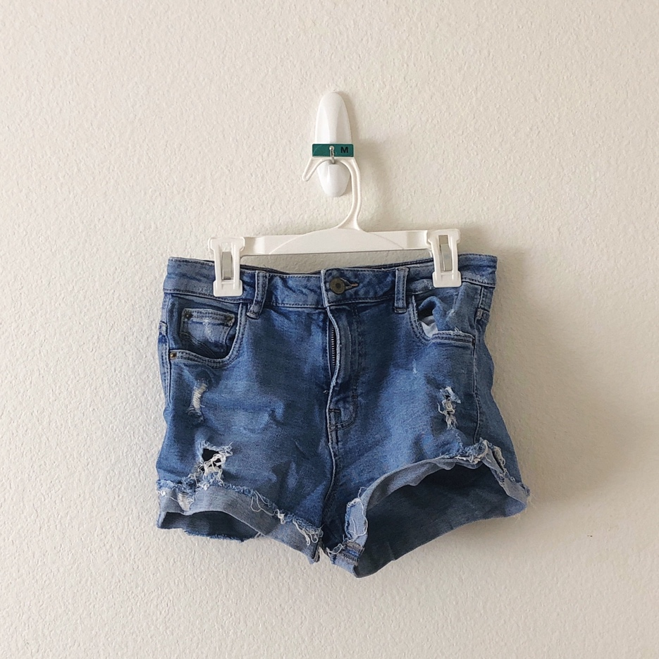 Product Image 1 - 💧Blue Denim Shorts 💧Size: unknown bc